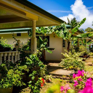 Garden Bungalow 005